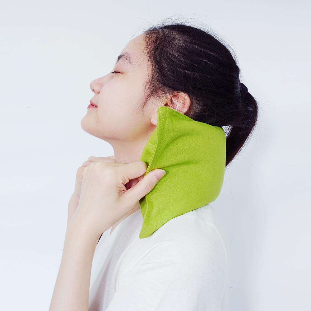 Gối chườm nóng thảo dược Hapaku thư giãn, bảo vệ sức khỏe