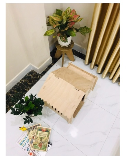 Nhà gỗ đặt gọn gàng trong không gian gia đình, dễ dàng sử dụng