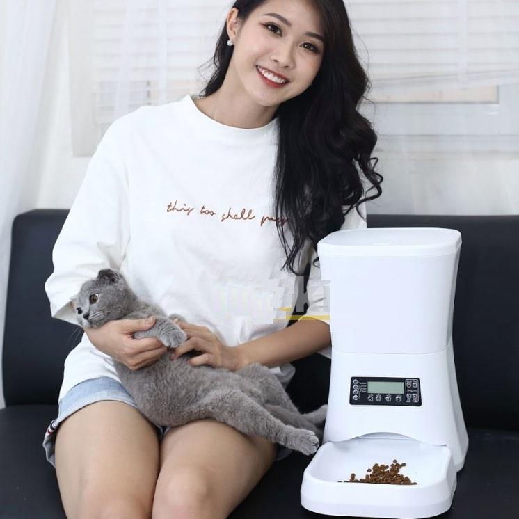 Máy cho mèo ăn tự động A76