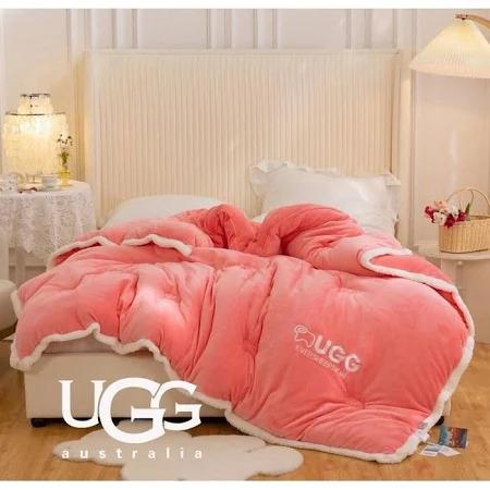 Chăn lông cừu Úc UGG  2 x 2.3m  màu hồng
