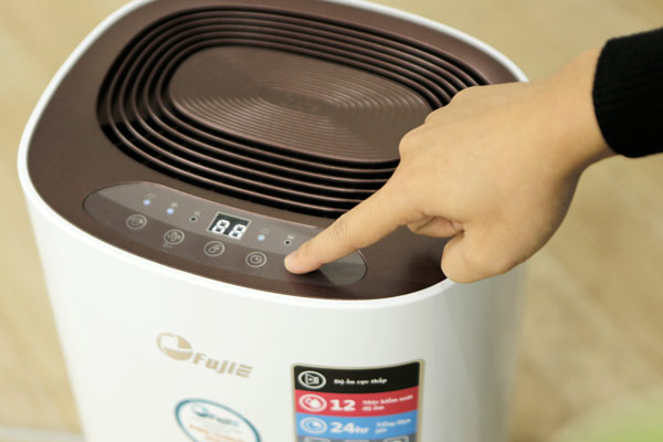 Máy hút ẩm dân dụng FujiE HM 912EC-N điều chỉnh tiện lợi, đa chức năng