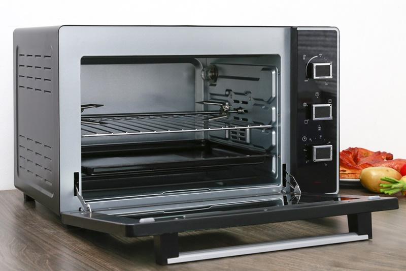 Lò nướng Sanaky VH-5099S2D hỗ trợ dung tích nướng lớn