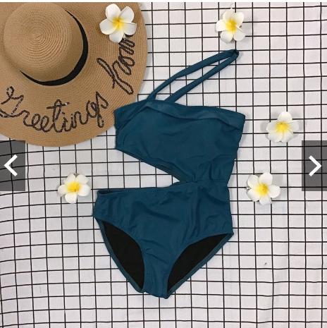 Thiết kế kiểu mẫu bộ bikini 1 mảnh chéo cổ