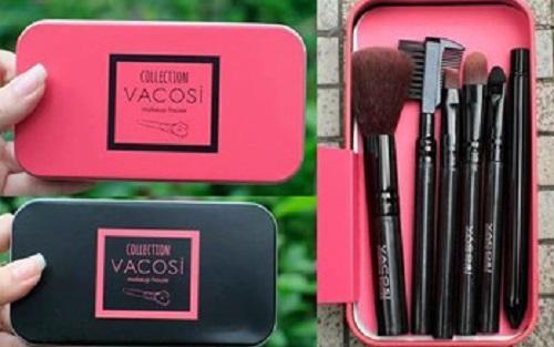 Bộ cọ trang điểm 8 món Vacosi Makeup House tiện lợi