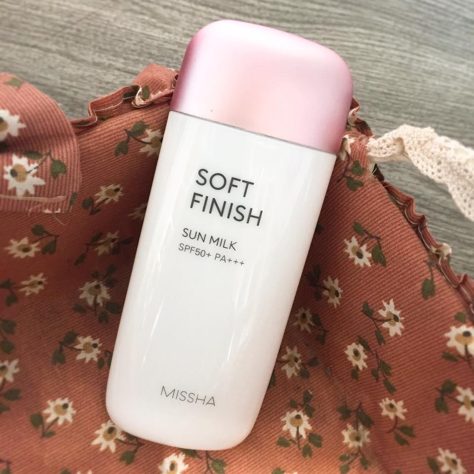 Kem hỗ trợ chống nắng Missha Soft Finish SPF 50+ bảo vệ da toàn diện