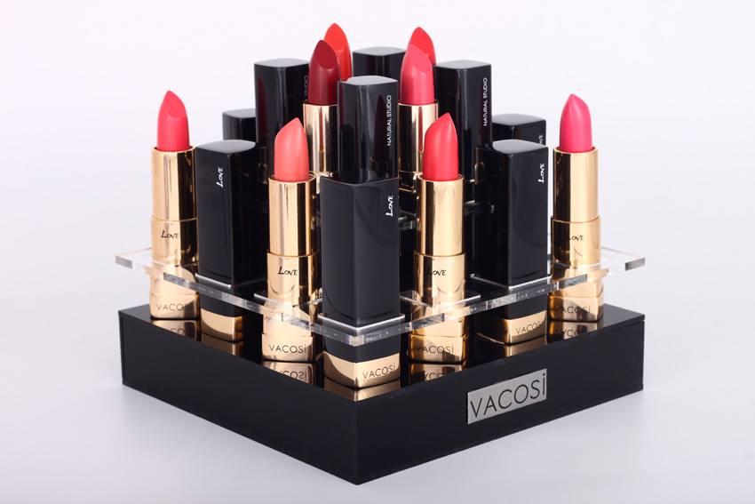 BNatural Studio Love Lipstick  chất son bám, bền màu