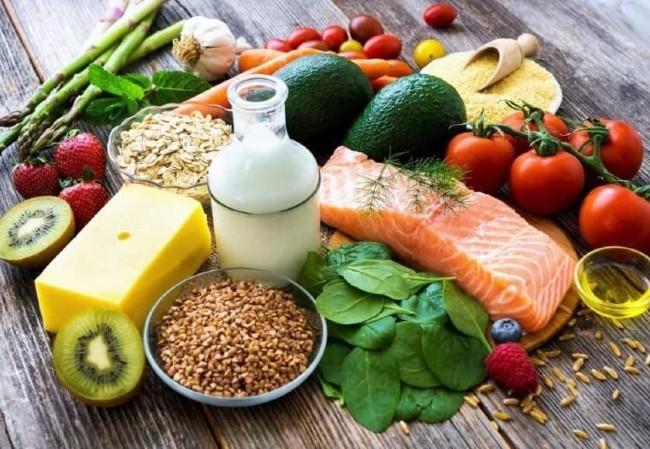 Nên chọn thực phẩm có chứa nhiều sắt, axit folic để nhanh lành vết thương