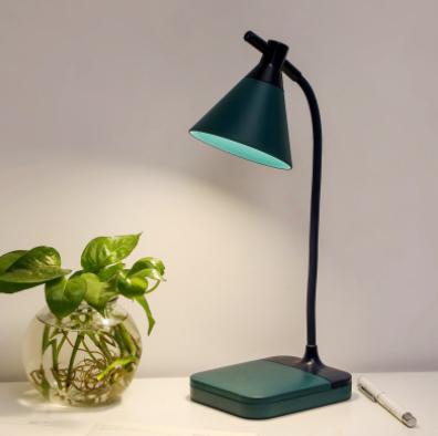 Đèn Led tích điện để bàn 3 độ sáng màu xanh