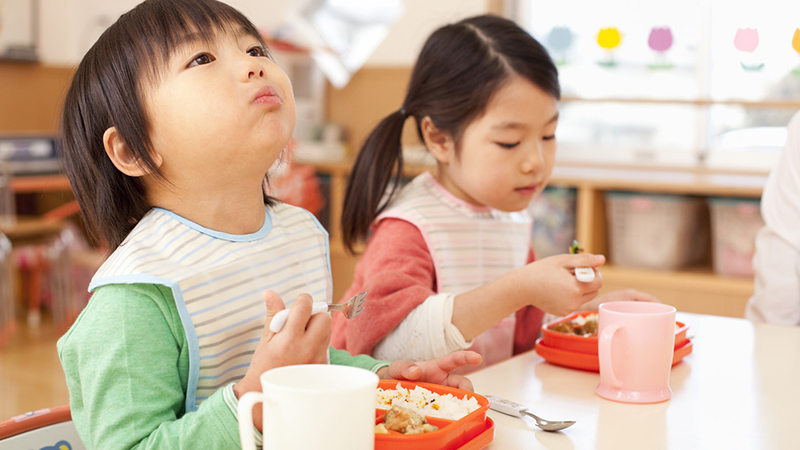 Dung dịch Nature's Way Kids Smart Liquid Zinc hỗ trợ hệ tiêu hóa cho bé