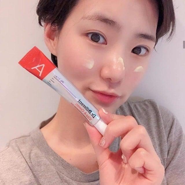 Kem dưỡng Dr.Different Vita-A Cream Retinal 0.05% chất kem dễ tán