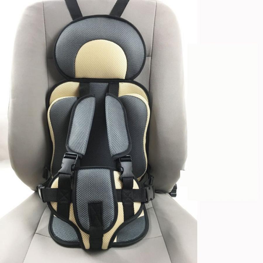 Ghế ngồi ô tô kèm đai bảo vệ cho bé từ 6 - 36 tháng tuổi