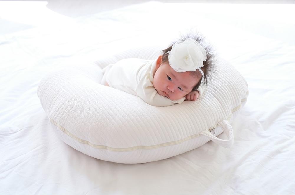 Gối chống trào ngược cho bé Rototo bebe tiện lợi, bảo vệ bé toàn diện