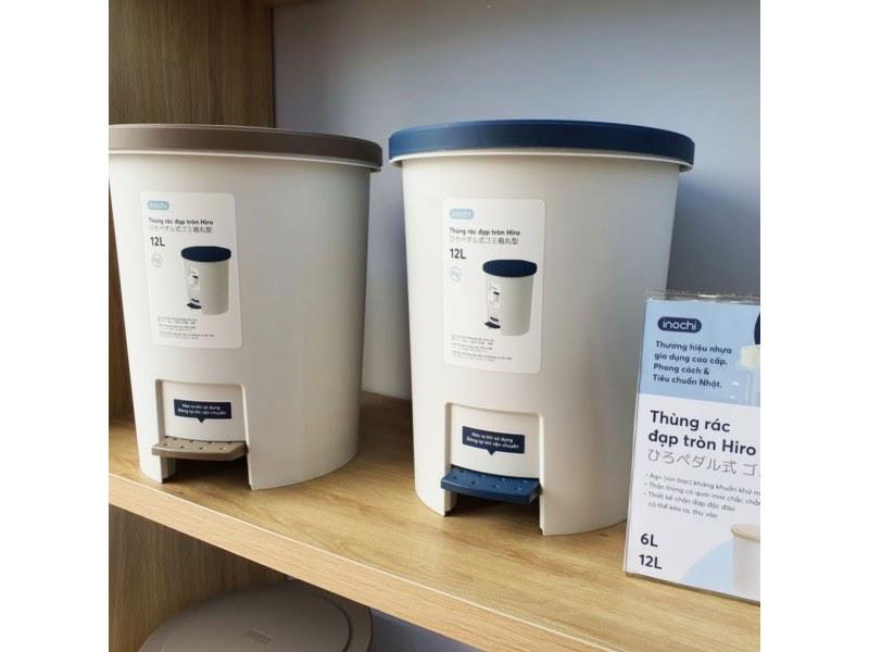 Thùng rác đạp tròn Inochi Hiro nhựa nguyên sinh kháng khuẩn 1